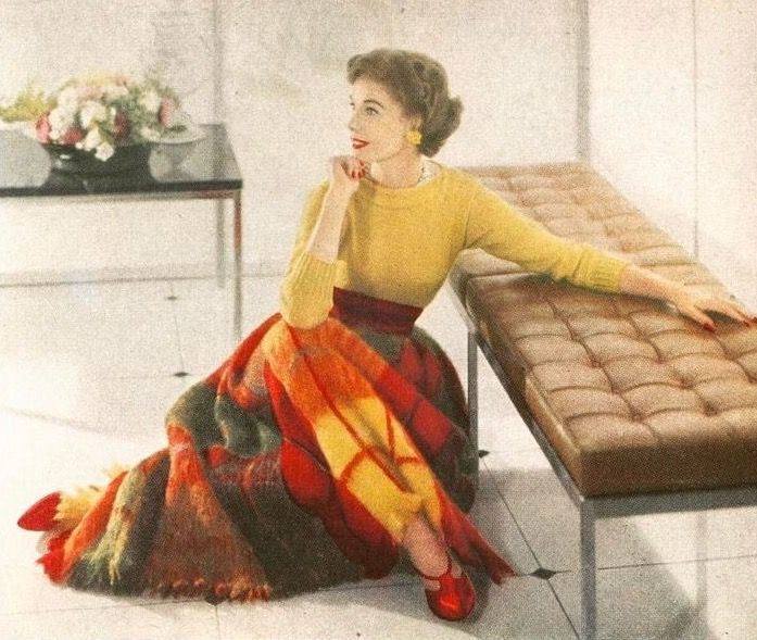 Photo by John Rawlings for Vogue, October 15, 1957 | noaccountingfortaste