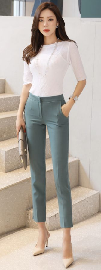 StyleOnme_Side Slit Ankle-length Slim Fit Slacks #mint #slimfit #slacks #dresspants #officelook #feminine #koreanfashion #kstyle #kfashion #springtrend #dailywear