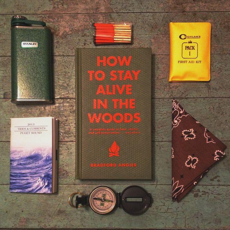 Essentials voor een bos-avontuur. Met de zakfles van urbans and indians!  benschuyler