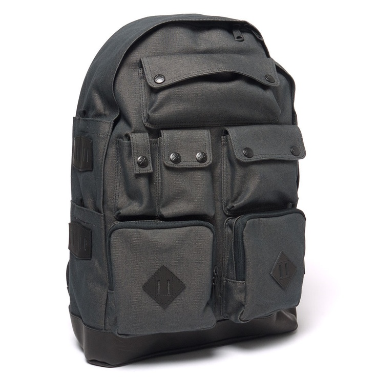 ox multi pocket daypack black oh man so many pocket for so many things the possibilities. Black Bedroom Furniture Sets. Home Design Ideas