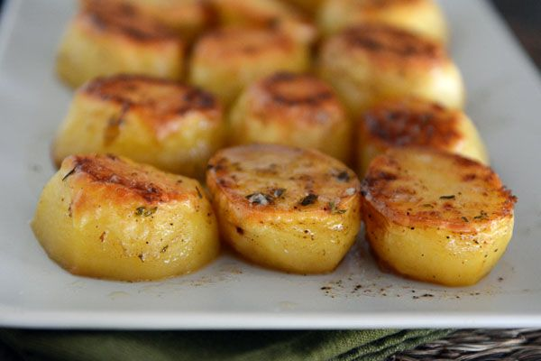 Melt-in-Your-Mouth Buttery Roasted Potatoes (Ingredients: Yukon Gold Potatoes, Butter, Thyme, Salt, Pepper, Low-sodium Chicken Broth & Garlic.)