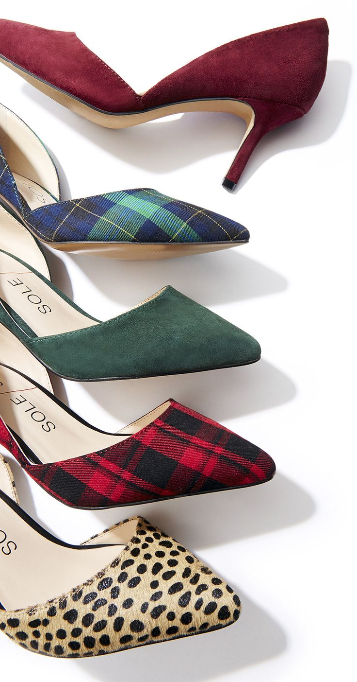 The perfect mid heel pumps for fall!