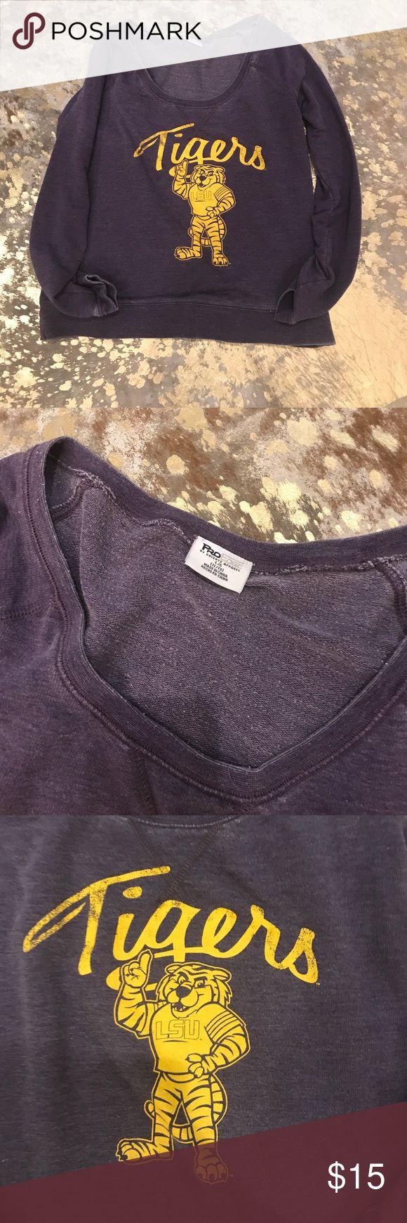 Lsu sweatshirt Great comfy team sweater Tops Sweatshirts & Hoodies