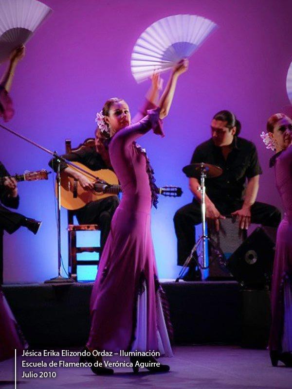 #dance #light #performance #performingarts #scene #contemporarydance #lightingdesign #theater #stage Veronica Aguirre