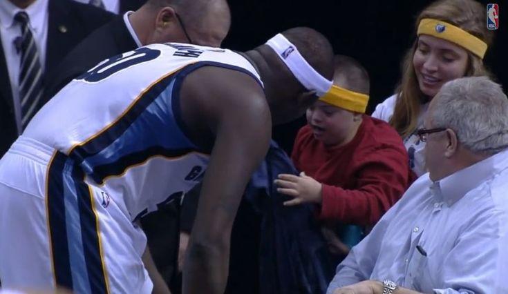 NBA Star Zach Randolph Gives Shirt Off His Back To Little Boy. So sweet!