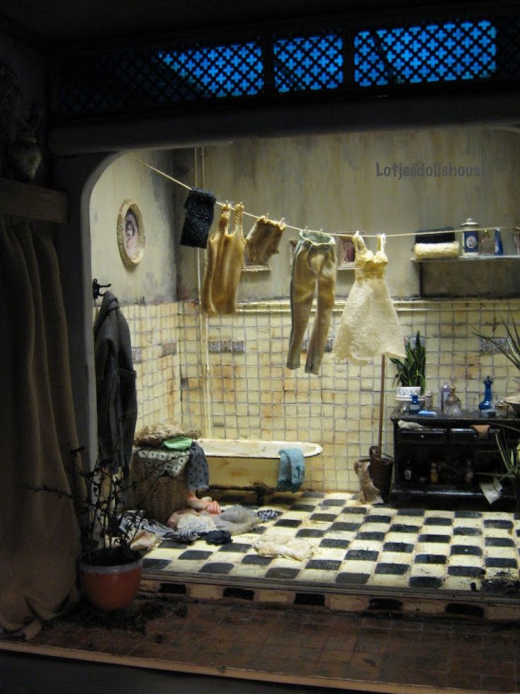 Gave badkamer in miniatuur, lotjesdollshouse.com
