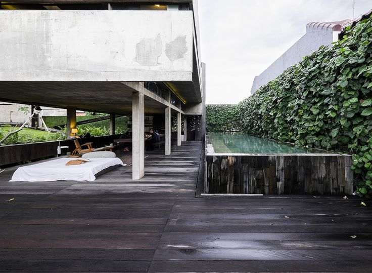 A Session with Studio Dasar: Andra Matin's Residence
