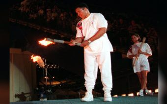 """[In My Lifetime] Tip. """"T.I."""" Harris and an Inspirational Muhammad Ali Moment  During the summer of 1996, unfortunately, I was waiting to go to bootcamp. But they never came and got me so I was able to take in the moment of the Olympics in Atlanta. The city hosting the Olymp ..  http://feedproxy.google.com/~r/EbonycomRssFeed/~3/Oc5R2aZ81sc/tip-ti-harris-muhammad-ali"""