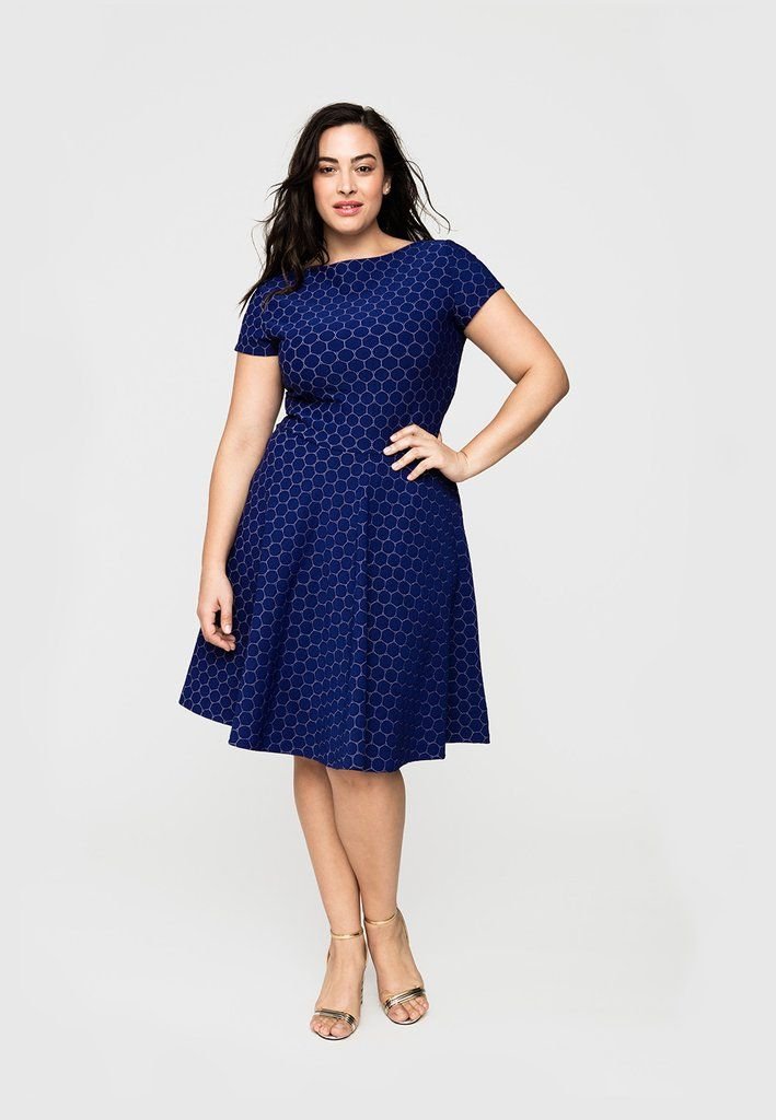 Circle Dress in Navy Cameo Cloth (Full Figure)