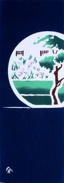 円窓 花菖蒲 round window and Japanese iris