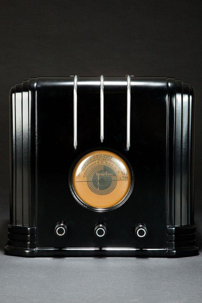 Ebony Sparton 517-B Radio Walter Dorwin Teague Art Deco Design