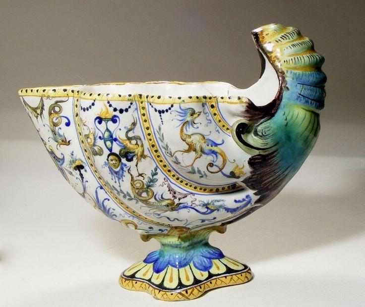 Antique Cantagalli Italian Maiolica Majolica Shell Vase