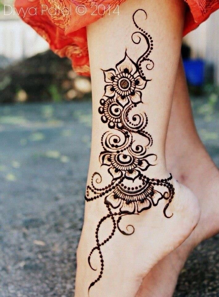Henna ankle and leg flowers