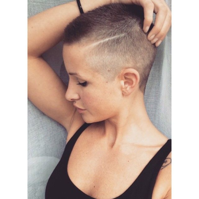 Rider wants Female short hair shaved head