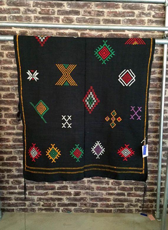 Beautiful handmade black rug carpet kleed tapis from by janenjacob