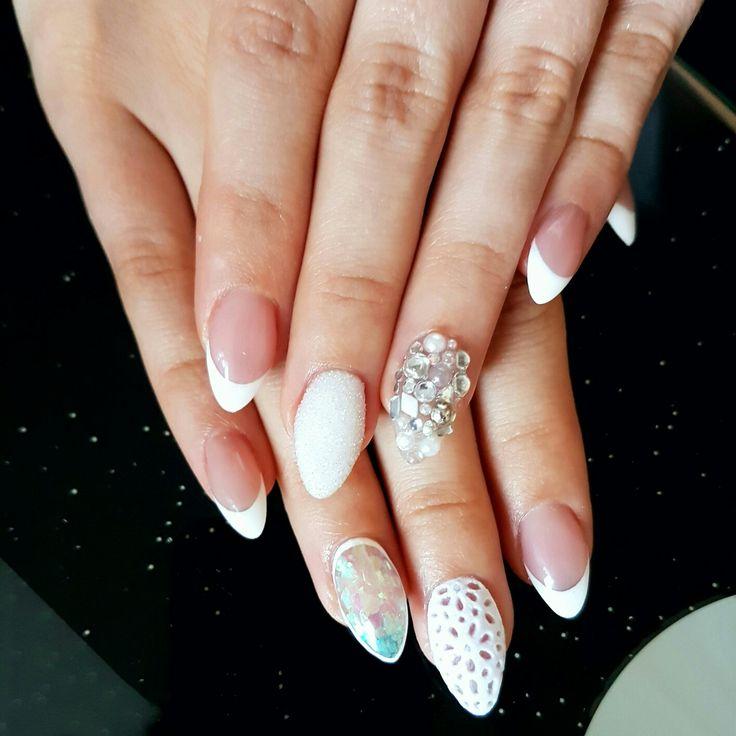 Koronkowe paznokcie