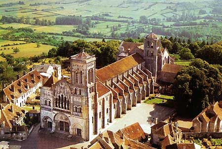 Church of Madeleine, c. 1104-1132, Vezelay, France (Romanesque)