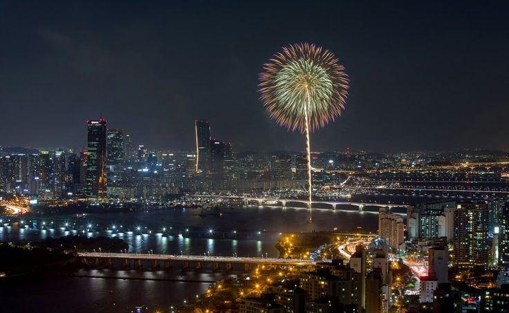 Fireworks festival,Han river, Seoul,Korea
