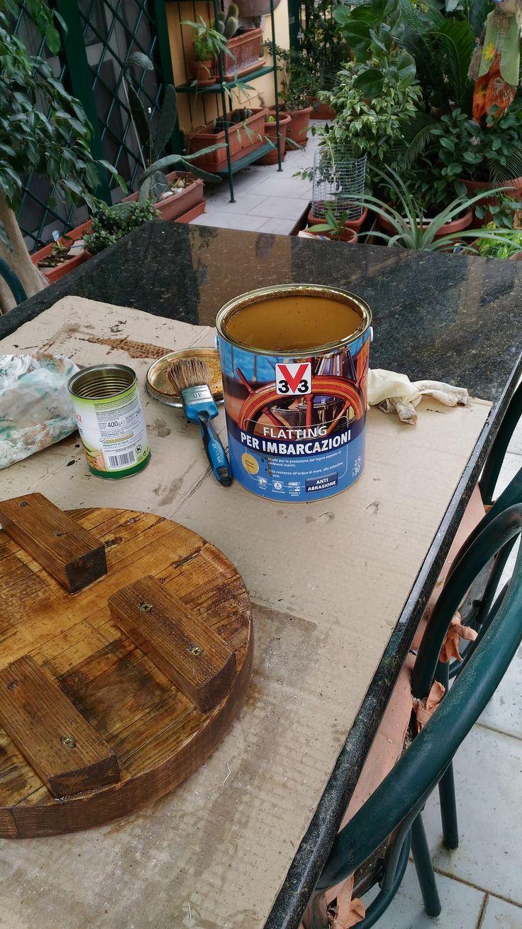 In lavorazione con prima mano di flatting marino color mielato