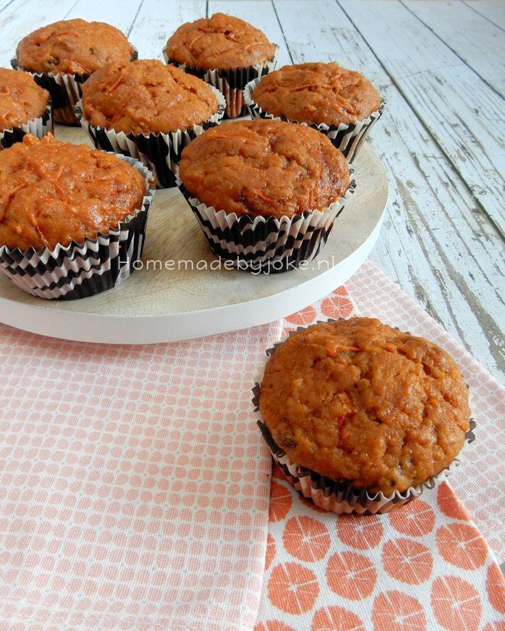 Een heerlijk recept van wortelmuffins of anders gezegd carrot cake muffins. Lekker bij de koffie of thee maar ook als tussendoortje.