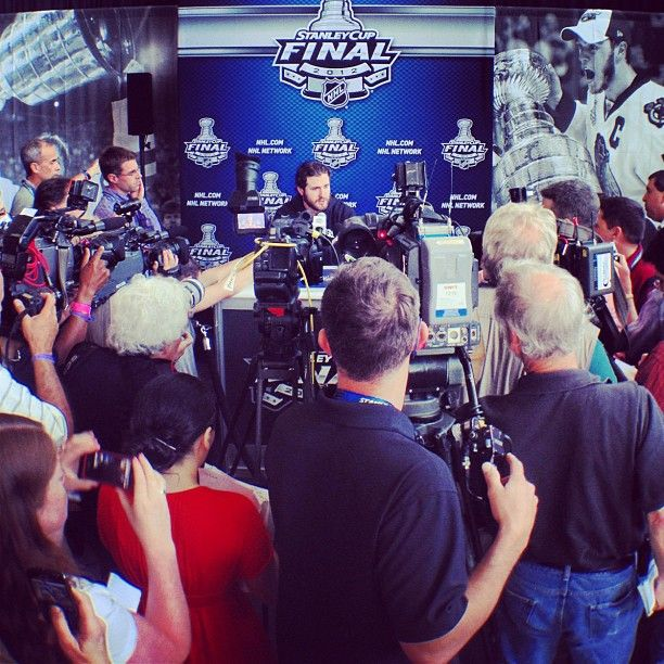 Jersey Los Angeles Kings 10 Mike Richards - 2012 Stanley Cup Finals Media  ... 0e41d8a93