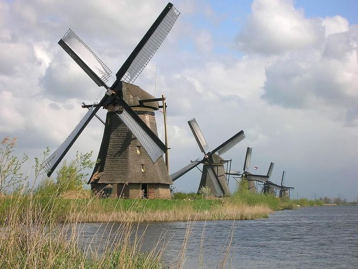 Ch 19.10 'After admiring the multiple windmills of the Kinderdijk, Darcy spent a leisurely morning in a deck chair...'  This pic - Moulins de Kinderdijk built in 1740.
