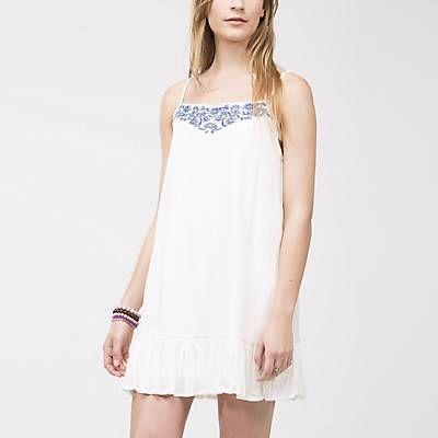 Me gustó este producto Sybilla  Vestido Bordado Blanco. ¡Lo quiero!