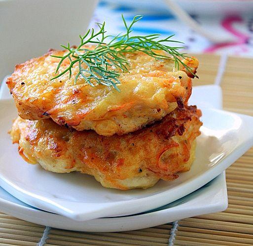 Куриные оладьи с сыром.