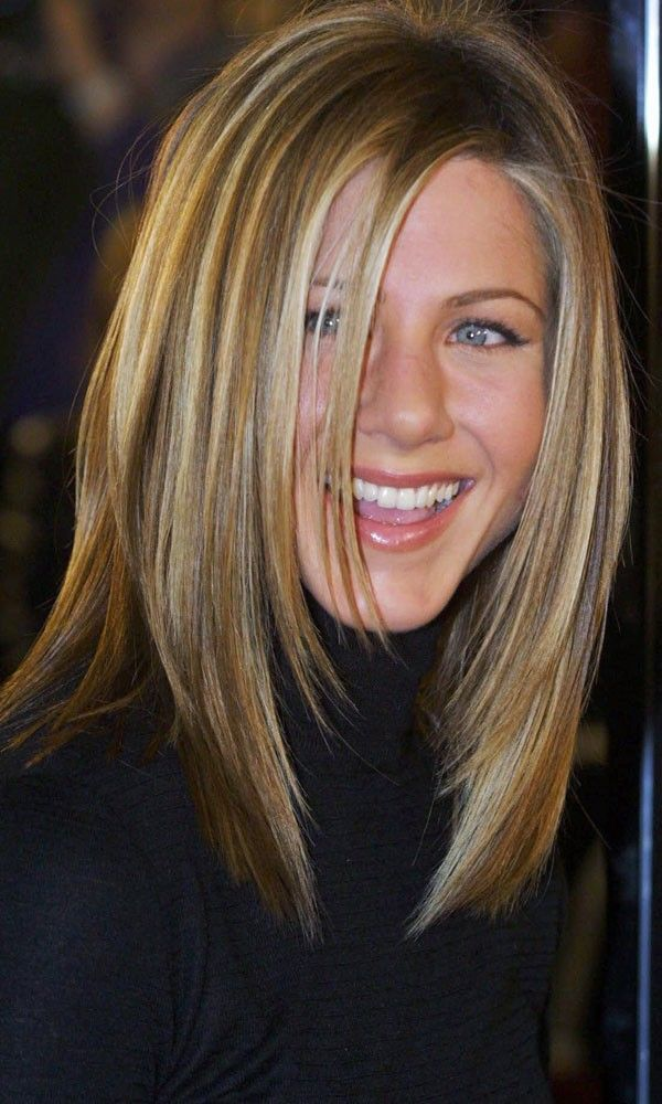 Jennifer Aniston with layered hairstyle, love the hair color and highlites.
