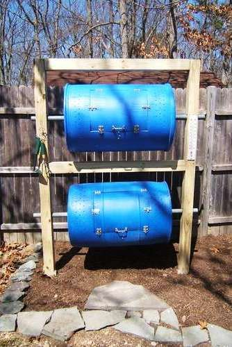 composter: Gardens Ideas, Backyard Compost, Compost Bins Diy, Compost Barrels, Compost Bins Ideas, Diy Compost Bins, Diy Backyard, Compost Ideas, Compost Tumblers
