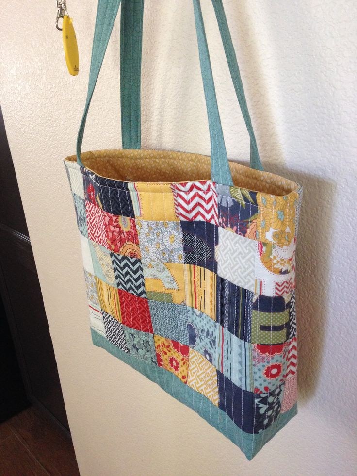 I made this from a mini charm pack from the Missouri Star Quilt Company!