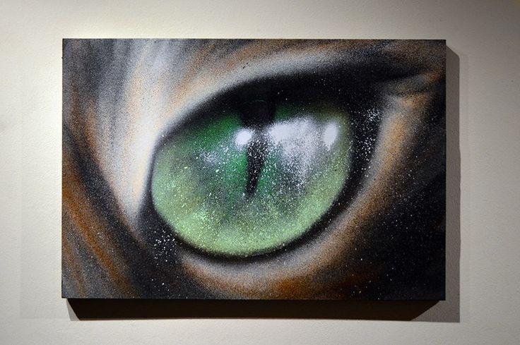 """""""Ojo de gato"""" Aerosol sobre cuadro de madera 30cmX50cm."""