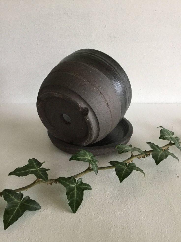 Les 25 meilleures id es de la cat gorie pots de gr s sur for Pot ceramique exterieur