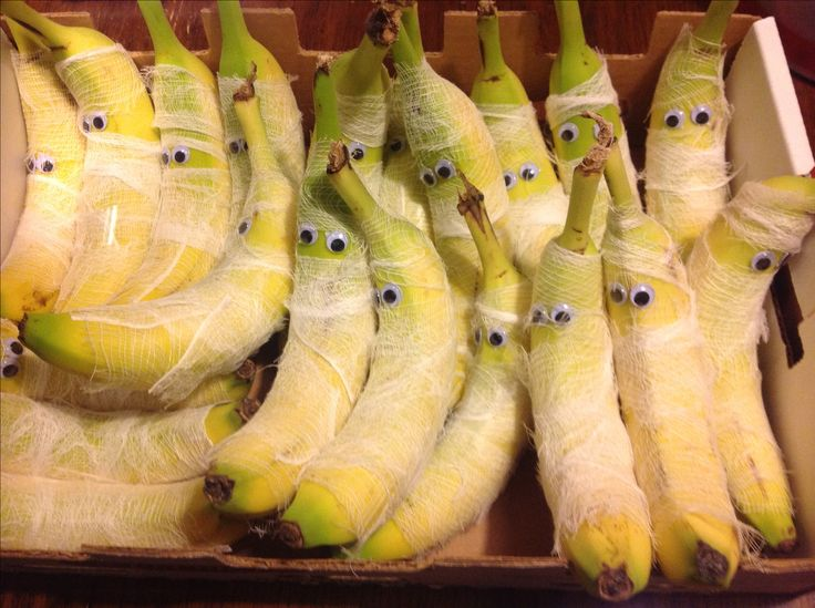 Healthy snacks for Halloween...mummy bananas!  Fun, Yummy, Healthy, Prepackaged!!!  Just add googly eyes and cheese cloth strips to your favorite fruit.