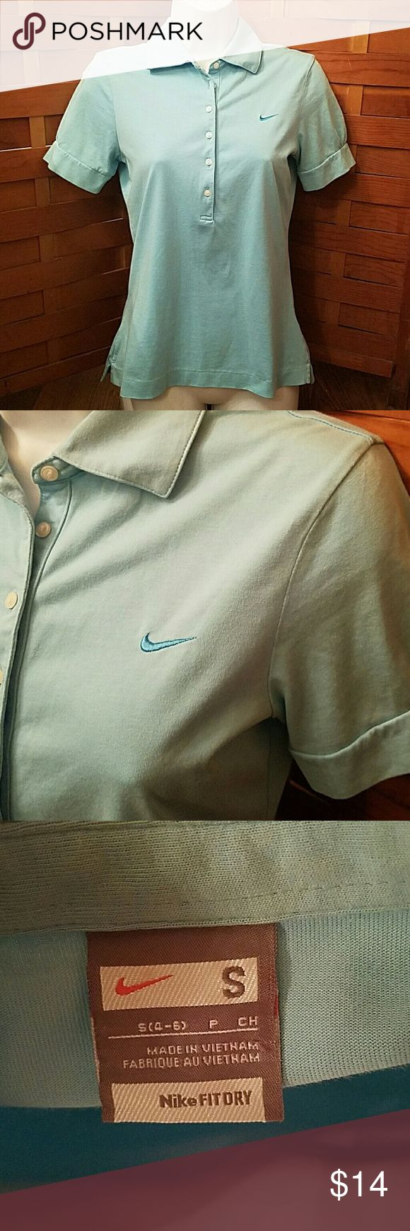 Nike fit dry golf Polo Shirt S 6 button up,size small,powder blue,mint condition Nike Tops