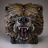 Edge Sculpture Grizzly Bär