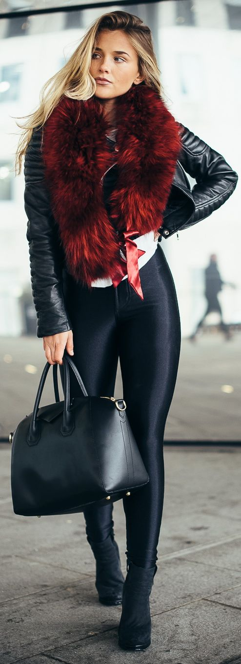 Pants - American Apparell / Linen - Brandy Melville / Leather Jacket - Elly Gun / Shoes - Henry Kole