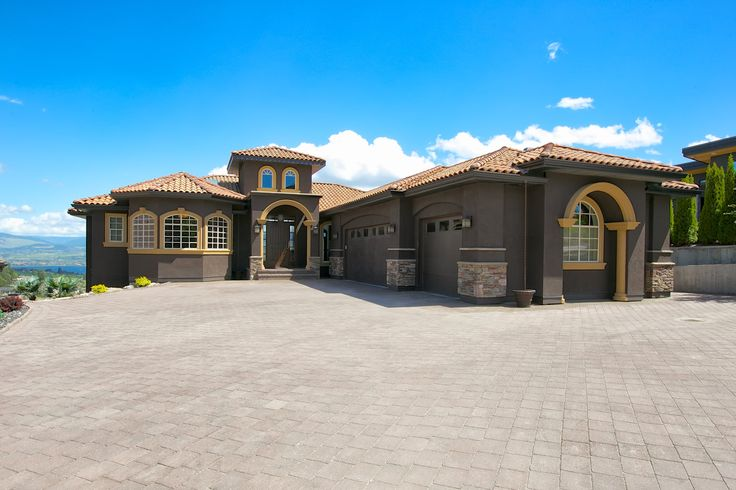 3231 Vineyard View Drive, West Kelowna BC http://sherlockandassociates.ca/index.php/buy-a-home/listings/listing/3231-vineyard-view-drive-west-kelowna/
