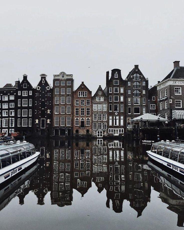 Quando si tratta di lingua, molte persone ad Amsterdam sono orgogliose del …