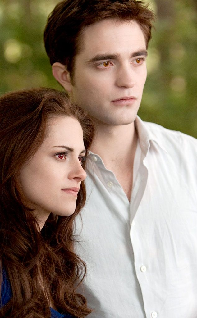 28. Bella Becomes a Vampire (Breaking Dawn Part 1) from 28 Best Twilight Movie Scenes Ever!