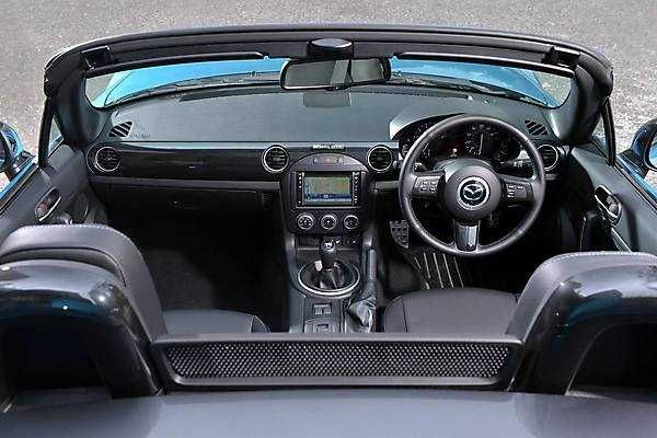 2018-2019 Mazda MX-5 Sport Graphite