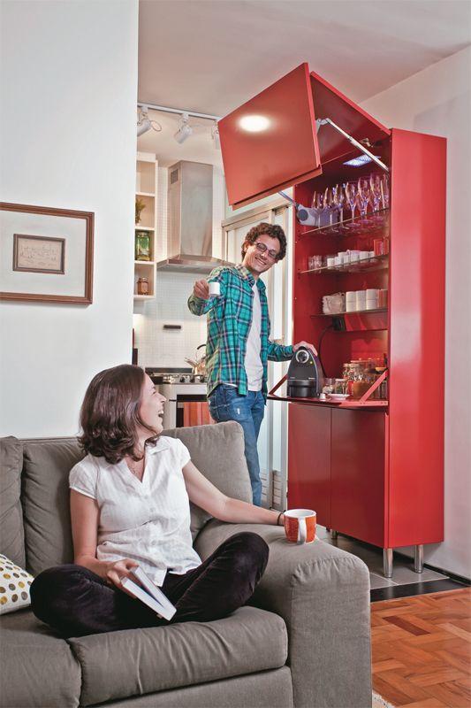 Apartamento de 60 m² com ambientes integrados depois da reforma - Casa.com.br