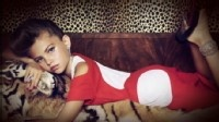 10-Year-Old Model's Grown-Up Look: High Fashion or High Risk? - ABC News
