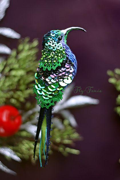 миниатюрная брошь - сизый колибри