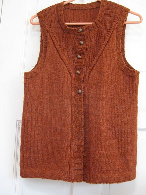 Ravelry: Project Gallery for Loretto Vest pattern by Cassie Castillo
