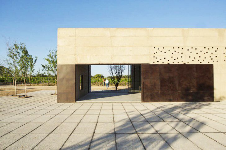 Cuna de Tierra Winery Blends Beautifully into the Natural Environment of Mexico