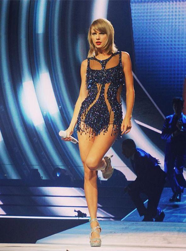 Тейлор Свифт официально самые добрые знаменитости | мода, тенденции, советы по красоте и знаменитости Стиль журнала | журнала Elle Великобритания