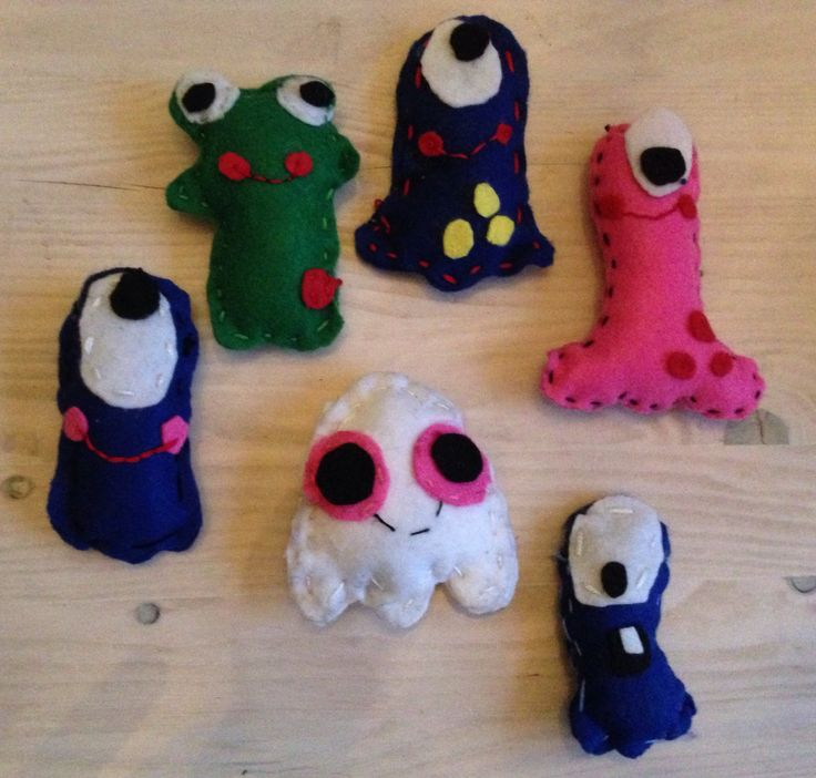 Handvaardigheid - vilt knuffels naaien groep 7 en 8