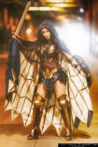 Wonder Woman #cosplay at C2E2 2017, PC: DTJAAAAM