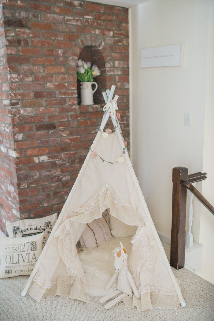 Kids Reading Nook, the perfect spot for bedtime stories featuring our favorite teepee!